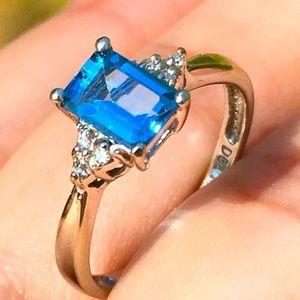 10k Solid White Gold Blue Topaz & Diamond Ring